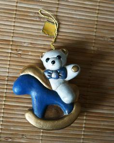 THUN addobbo da appendere, Teddy orsacchiotto su cavalluccio in blu scuro e oro