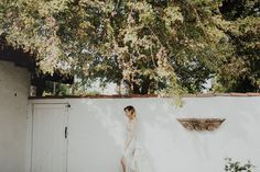 Dress: Carol Hannah Les Astres with the Sparkling Sands Belt| Photographer: Logan Cole of Branch&Cole