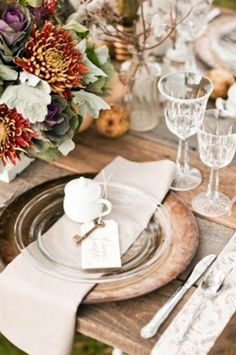62 Romantic Fall Wedding Tablescapes | HappyWedd.com