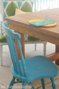 turquoise chair - love this!