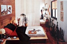 from Terence Conran's 1978 edition of the Bed and Bath book. I love this platform bed.
