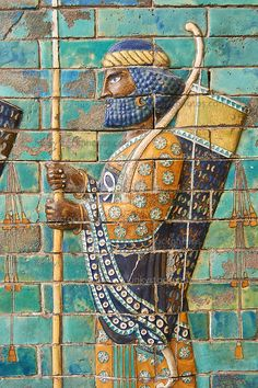 Coloured glazed terracotta brick panels depicting Achaemenid Persian royal bodyguards or archers. From the reign of Darius and the First Persian or Achaemenid Empire around 510 BC excavated from the Palace of Daius Susa, present day Iran. Ancient Aliens, Ancient Egypt, Ancient History, Art History, Ancient Mesopotamia, Ancient Civilizations, Ancient Mysteries, Ancient Artifacts, Pergamon Museum