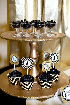 Gold-And-Black-Bridal-Shower-Cupcakes #babyshowerideas4u #birthdayparty #babyshowerdecorations #bridalshower #bridalshowerideas #babyshowergames #bridalshowergame #bridalshowerfavors #bridalshowercakes #babyshowerfavors #babyshowercakes