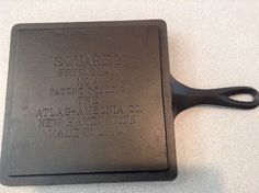 """""""Squareg"""" frying pan Made by Atlas-Ansonia Co. New Haven, Conn. Very similar in design to Otter River Foundry's pan. Cast Iron Griddle, Cast Iron Skillet, Cast Iron Cookware, Skillets, Griddles, Otter, Jars, It Cast, Favorite Recipes"""