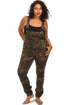 Plus Size Camo Print Jean Overalls Plus Size Womens Clothing, Plus Size Outfits, Plus Size Fashion, Plus Size Jumpsuit, Plus Size Pants, Camo Pants Outfit, Fashion Musthaves, Pink Clubwear, Full Figured Women