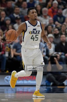 News Photo : Donovan Mitchell of the Utah Jazz brings the ball...