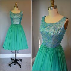 1950s Blue Turquoise and Silver Lurex Full Teal Chiffon Skirt