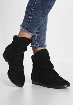 SPM YAYAY - Stiefelette - black für 71,95 € (15.10.17) versandkostenfrei bei Zalando bestellen.