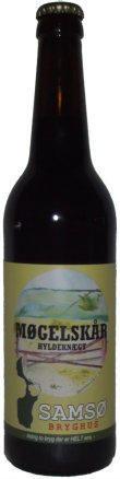 Møgelskår hyldeknægt er en undergæret øl som er brygget på økologisk pilsner/karamelmalt, humle og hyldeblomst. Hyldeblomsten er med til at give en frisk smag af sommer