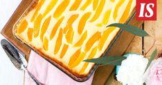 Tarun rahkapiirakkaan voi käyttää säilykehedelmiä, kuten esimerkiksi mangoa tai persikkaa. Dessert Recipes, Desserts, Recipies, Mango, Baking, Cake, Sweet, Ethnic Recipes, Candies