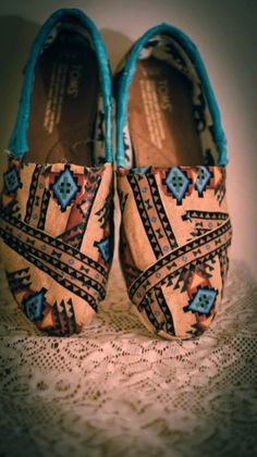 custom bohemian aztec TOMs by ShopSaveYourScissors on Etsy, $79.00