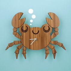 Crab Wooden (Bamboo) Clock - www.graphicspaces.com