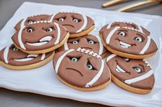 ... on Pinterest | Chili Bar, Football Tailgate and Football Cupcakes
