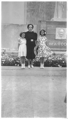 NYC 1939 World's Fair Marconi Sculpture - Rose, Letizia, Frances by Whiskeygonebad, via Flickr