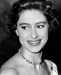 A Royal Lightning Rod The younger sister of Elizabeth II, Margaret chafed at the bounds of Windsor decorum but had her fun at the margins all the same. Her romance with Royal Air Force Group. Queen Mother, Queen Mary, Queen Elizabeth Ii, Princesa Margaret, Windsor, Queen's Sister, Reine Victoria, Margaret Rose, Prince Philip