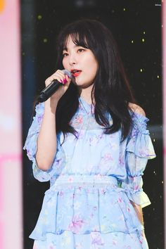 I love you, Park Chanyeol💙 Started Completed South Korean Girls, Korean Girl Groups, Red Velvet Seulgi, Kim Yerim, Velvet Fashion, Girl Crushes, Kpop Girls, Irene, Chanyeol