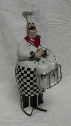 "9½""Italian Fat Chef Figurine holder basket w/Ceramic Salt and Pepper Shakers Set"