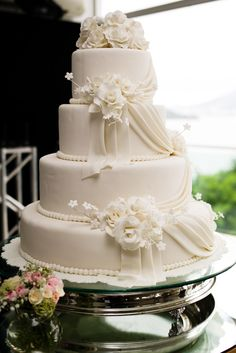 bolo de casamento; bolos de casamento; bolo classico; bolo; bolos; pasta americana