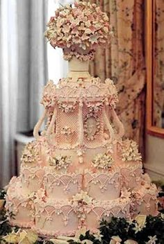 A Family Tree of Holidays - Wedding Cakes & Dresses: Cile Bellefleur Burbidge Wedding Cakes! Pink! Victorian! Intricate!