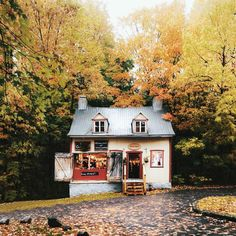 Image uploaded by Find images and videos about home, autumn and fall on We Heart It - the app to get lost in what you love.