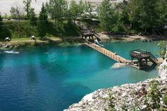 Morrison's Quarry, a half-hour drive from Ottawa, and 2 hours from Montreal, Quebec is the perfect spot to spend a day in summer Backpacking Canada, Canada Travel, Montreal, Scuba Diving Lessons, Chelsea, Snorkel, Canada Holiday, Secret Location, Lakes