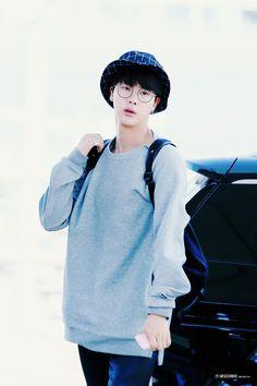 BTS tại sân bay Incheon khởi hành đến Jakarta - Indonesia [150.910]