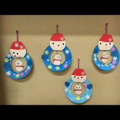 【アプリ投稿】【冬の製作】2歳児 雪だるま   みんなのタネ   あそびのタネNo.1[ほいくる]保育や子育てに繋がる遊び情報サイト Winter Kids, Winter Christmas, Xmas, Tsum Tsum Wallpaper, Diy Crafts For Kids, Arts And Crafts, Christmas Decorations, Christmas Ornaments, School Themes