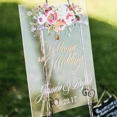 Acrylic Wedding Sign Welcome Sign Clear Personalized Names Floral Wedding Sign, Welcome Sign Clear Acrylic Wedding Sign (Item - Floral Wedding, Wedding Flowers, Our Wedding, Dream Wedding, Wedding Book, Trendy Wedding, Unique Weddings, Wedding Table, Wedding Ceremony
