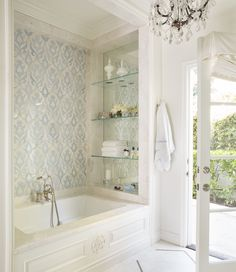 Gorgeous bathtub backsplash design - Sfa Design