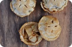Muffin Cup Mini Baked Apple Pies
