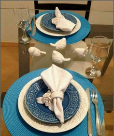 It Glamour: mesa posta Table Place Settings, Etiquette And Manners, Entertainment Table, Napkin Folding, Romantic Dinners, Decoration Table, Table Covers, Dinner Table, Tablescapes