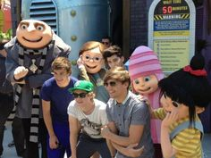 Lou, Liam, Niall, and Zayn at universal studios