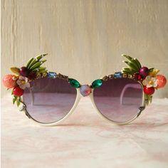 Incredible Tropical Sunglasses