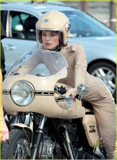 Keira Knightley Chanel ads, motorcycle girls looks very attractive  Ruby helmet : http://www.icasque.com/Ruby/