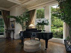 Ceiling, Windows, Drapes, Piano, Ottoman