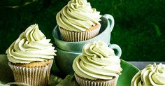 Matcha cupcakes are a trending flavour at the moment, matcha is ground green tea and we've also seen it being used in doughnuts, snow cones and green tea ice cream. Try our easy recipe with a white chocolate melting middle. Green Tea Cupcakes, Matcha Cupcakes, Green Tea Ice Cream, Easy Cupcake Recipes, Sugar Icing, Green Tea Powder, Snow Cones, Base Foods, White Chocolate