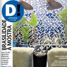 Azulejos Laje azul royal são capa ;-] projeto @jessicadecarli e @felipegazevedo // Shop Online www.lurca.com.br/#azulejos #azulejosdecorados #revestimento #arquitetura #reforma #decoração #interiores #decor #casa #sala #design #cerâmica #tiles #ceramictiles #architecture #interiors #homestyle #livingroom #wall #homedecor #lurca #lurcaazulejos