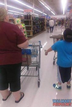 People of Walmart Part 85 – Pics 18 Hahahaha omg....I might need to start doing this to Luke to keep him with me in stores !