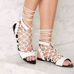 Lust For Life Venom Gladiator Sandal Sz 8.5 White Strappy Sandals d6311a620fb