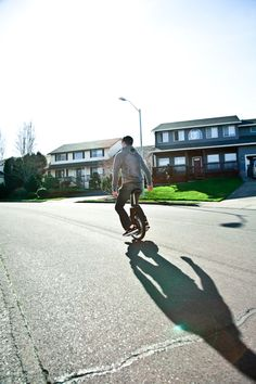 Self-Balancing Unicycle Curbs Your Car So You Can Get Rollin' -  #fun #transporter #unicycle