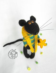 Mouse Jacques knitting pattern knitted round. by simplytoys13
