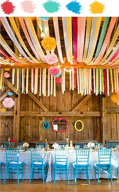 Absolutely love this setting colorful and fun just what I want for my next wedding!