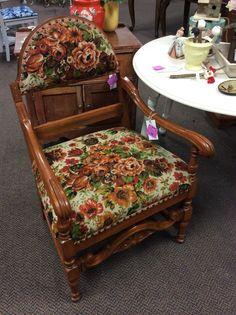 Vintage floral chair in suite 19