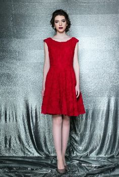 Rochie rosie fara maneci din dantela ILINCA -  Ama Fashion Formal Dresses, Red, Fashion, Tea Length Formal Dresses, Moda, Formal Gowns, Fashion Styles, Black Tie Dresses, Gowns