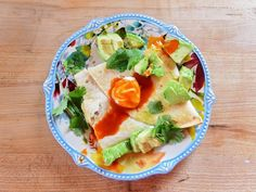 Get Chicken Chili Sheet Pan Quesadilla Recipe from Food Network Mexican Dishes, Mexican Food Recipes, Yummy Recipes, Recipies, Food Network Recipes, Cooking Recipes, Cooking Stuff, Cooking Ideas, Food Ideas