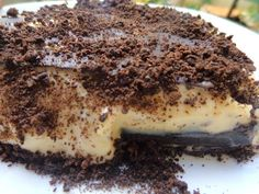 Γλυκό ψυγείου με μπισκότα oreo. Υπέροχο!! Γεύση-Θεική !!!! ~ ΜΑΓΕΙΡΙΚΗ ΚΑΙ ΣΥΝΤΑΓΕΣ Cookbook Recipes, Cooking Recipes, Tiramisu, Oreo, Sweets, Baking, Ethnic Recipes, Food Cakes, Cakes