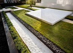 [CasaGiardino] ♛ Possibly integrate a bocci court into this design....for all the zios when they come to visit KCC. (jacques van haren / jardin de deka immobilien, bruxelles)