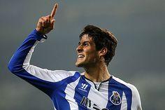 """FC Porto Noticias: Eduardo Luís  """"Gonçalo Paciência é muito diferente..."""