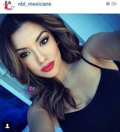 Love her make up. Latina make up. Red lips