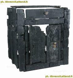 Ercolano, mobilio in legno carbonizzato, larario